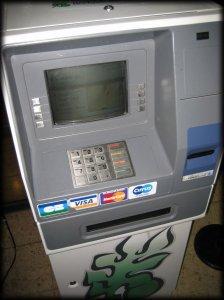 atm-cash-machine-iphone