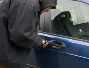 stolen-car-stop-sms